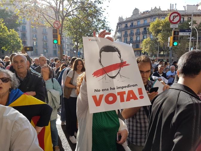 L'Estat espanyol intenta reprimir la democràcia a Catalunya