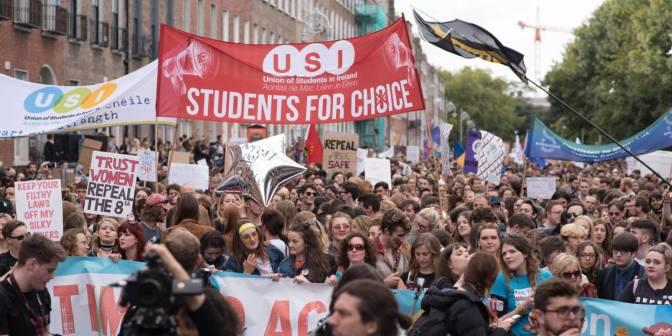El poder popular elimina la prohibición general del aborto en Irlanda