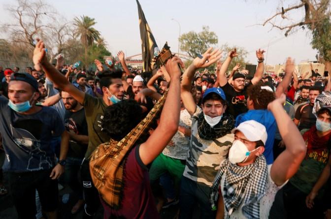 Las protestas por el agua tóxica en Basora, Irak, se convierten en ira contra la corrupción y el sectarismo