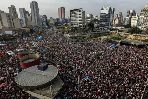 politica-protesto-elenao-brasil-20180929-0015