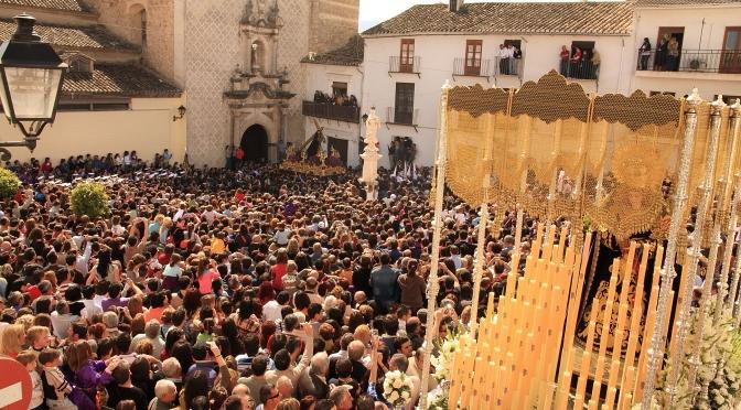Una visión de la Semana Santa desde la izquierda