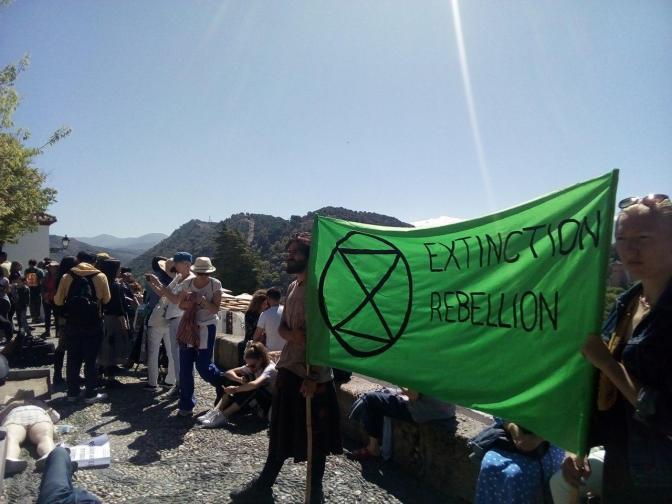 """""""Muriendo"""" contra la extinción"""
