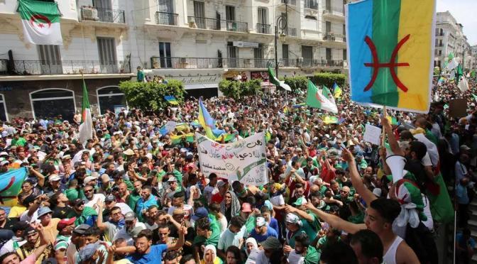Protestas en Argelia: Kabylia saca el balón